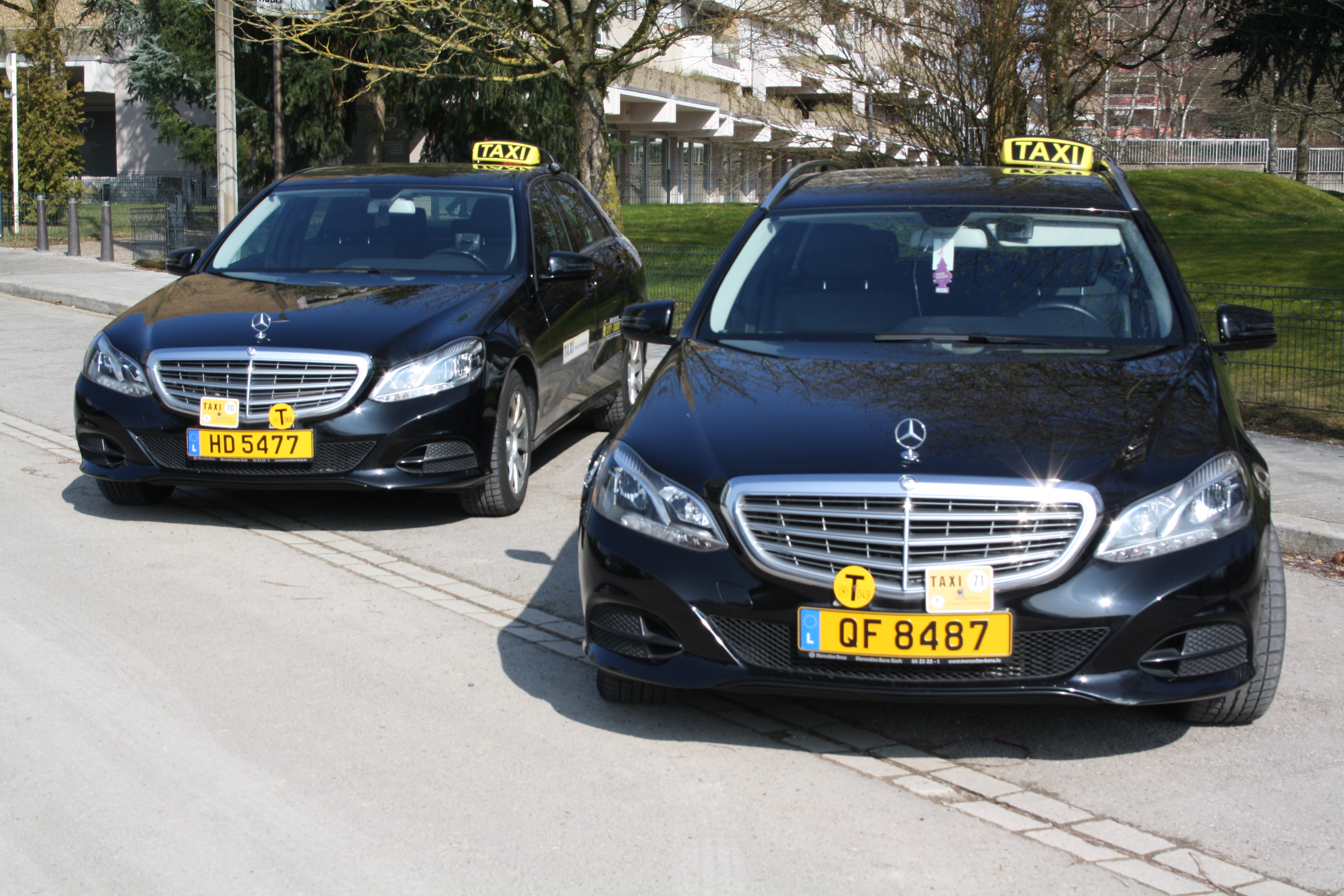 mercedes classe e dernier mod le city taxis centrale sarl. Black Bedroom Furniture Sets. Home Design Ideas